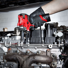 """M12 FUEL™  3/8"""" Stubby Impact Wrench Kit"""