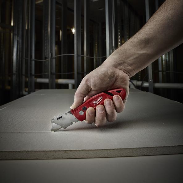 Fastback™ Flip Utility Knife w/ Blade Storage