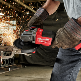 "M18 FUEL™ 125mm (5"") RAPID STOP™ Angle Grinder 6.0Ah Kit"