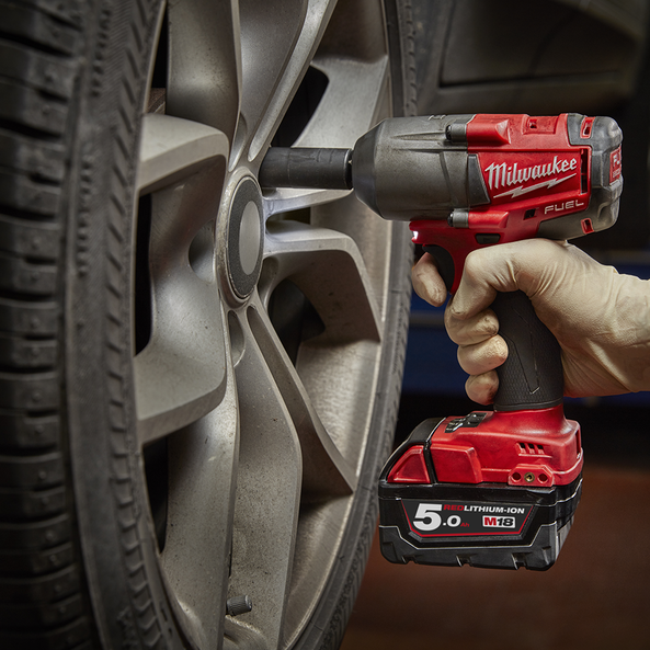 "M18 FUEL™ 1/2"" Mid-Torque Impact Wrench with Friction Ring (Tool Only)"