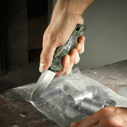 FASTBACK™ Folding Camo Knife